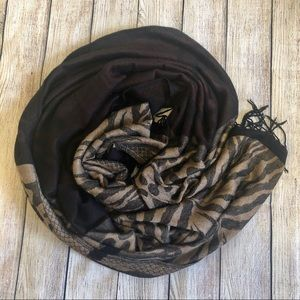 Accessories - Pashmina Style Animal Print Scarf / Shawl
